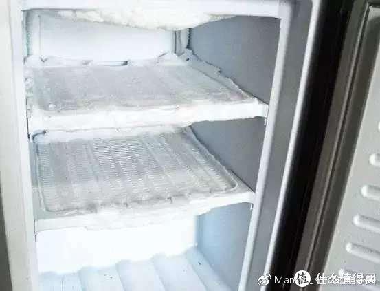 冰箱内部结霜