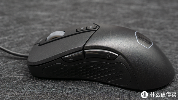更适合亚洲人手型的趴握鼠标:酷冷至尊MM530游戏鼠标体验