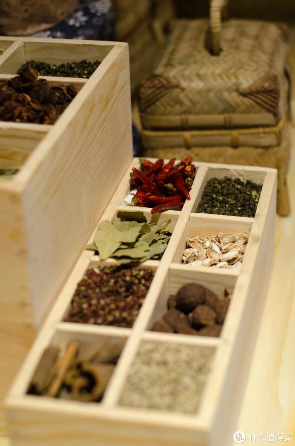 香叶,桂皮,花椒,草果等常见大料