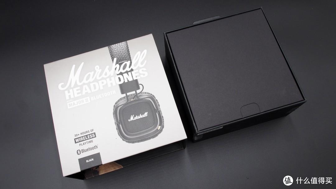 ▲▲▲Major2虽然外包装设计上比较出彩,但是内部包装模块上依旧采用了耳机类产品最常用的分离式设计