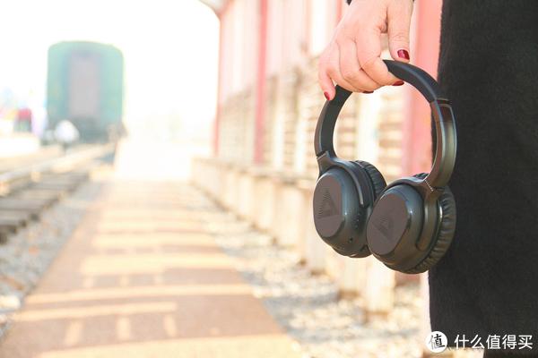 """这款耳机可以根据耳力不同,为每个人""""量耳定制""""音效"""