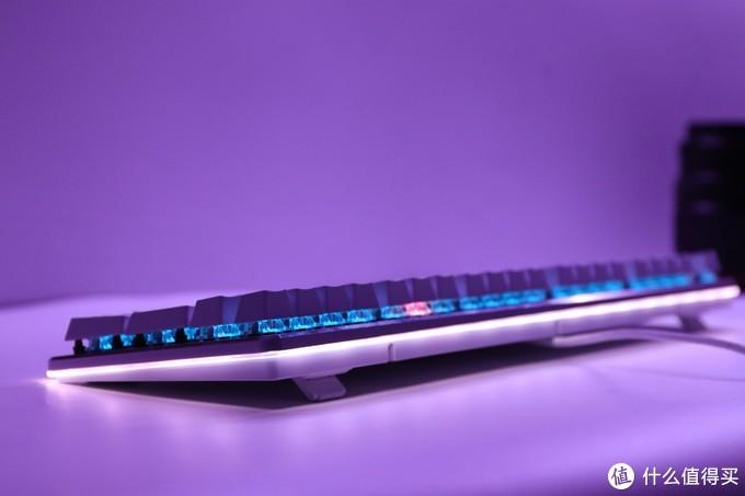 键盘灯光还可以这样设计  达尔优 EK925+YeeLight LED灯带