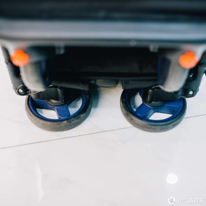 单手秒收,一甩即开——米兔 MTTC01BT 折叠婴儿推车