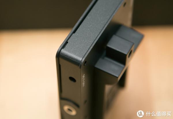 艾肯LH5T监视器开箱