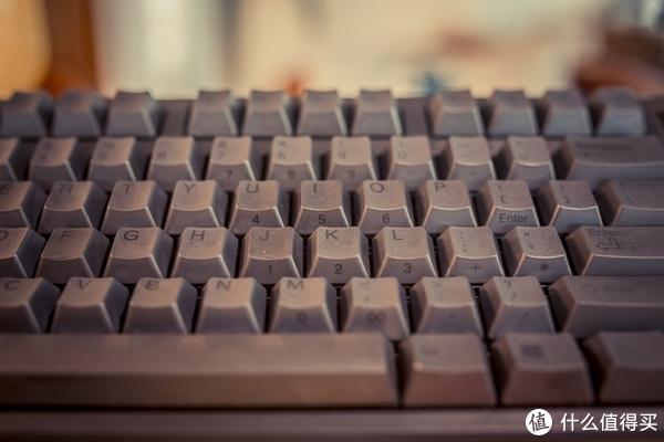 重新沐浴在时代的荣光之下—RealForce TKL R2TL-US3-BK静电容键盘