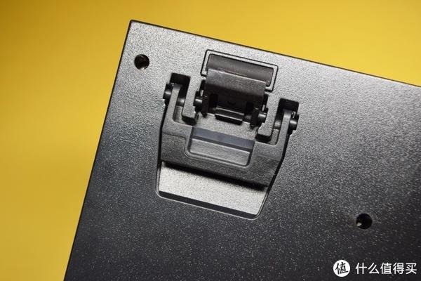 智能机械键盘?可语音控制的另类TT X1星脉RGB银轴机械键盘