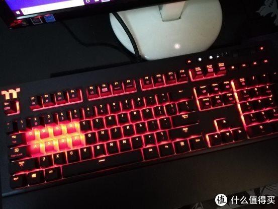 酷炫的灯光,有趣的体验——Tt X1星脉RGB键盘上手