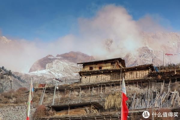 它是原生态藏寨,它是遗落在山中的伊甸园
