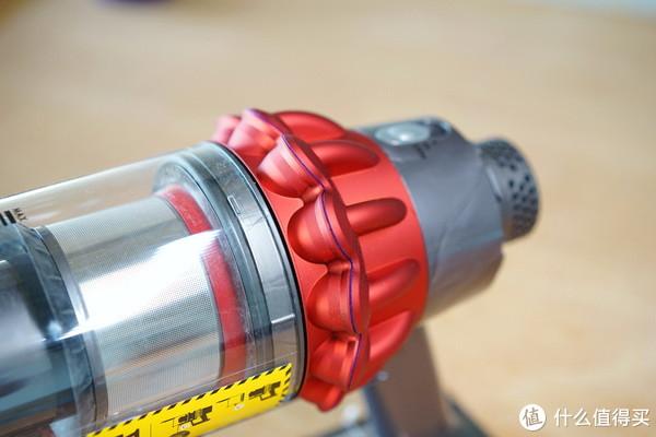 用过才知道为什么都说戴森吸尘器好—戴森V10无线吸尘器上手体验