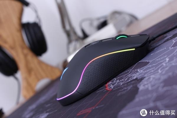 超美的RGB腰线—杜伽LEO 600 Nebula游戏鼠标评测(深度拆解)