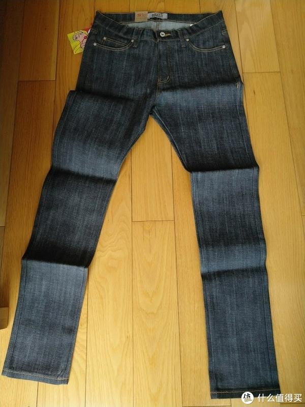 最近购入的几条牛仔裤