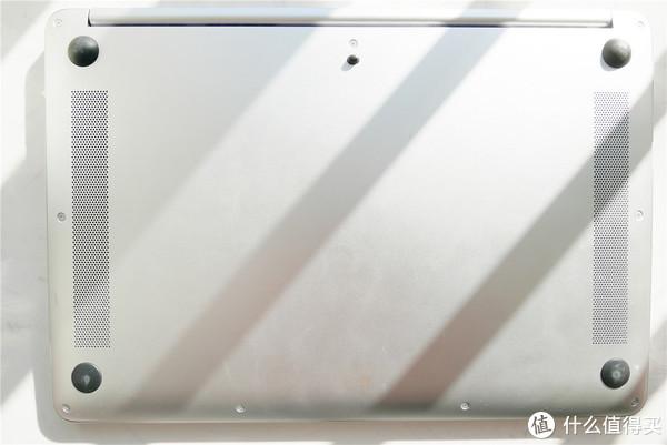 轻狂由我的便携差旅生产力工具--HONOR 荣耀 MagicBook 锐龙版