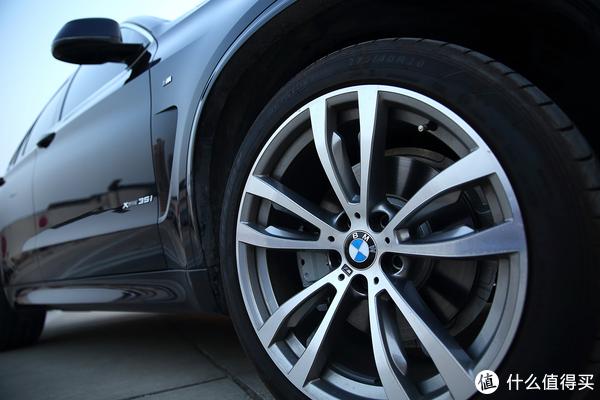BMW X5 M F15 2018,满足bimmer对操控与空间的追求