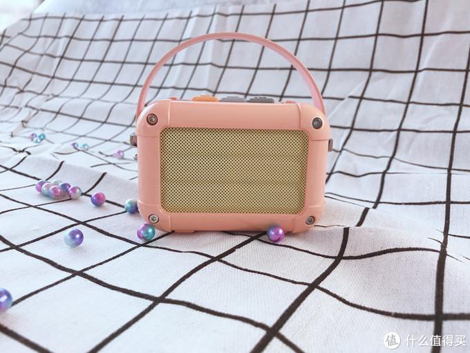 小巧精悍的Divoom/地纹 玛奇朵蓝牙音箱,满满的文艺设计风