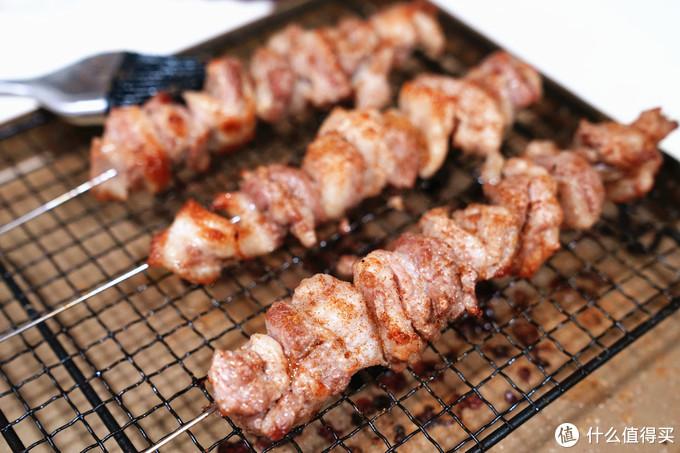 论一盘没有灵魂的羊肉串—烤箱版羊肉串做法