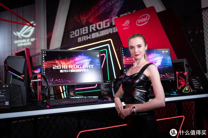 2018 ROG DAY:华硕 ROG MAXIMUS XI APEX 主板首秀