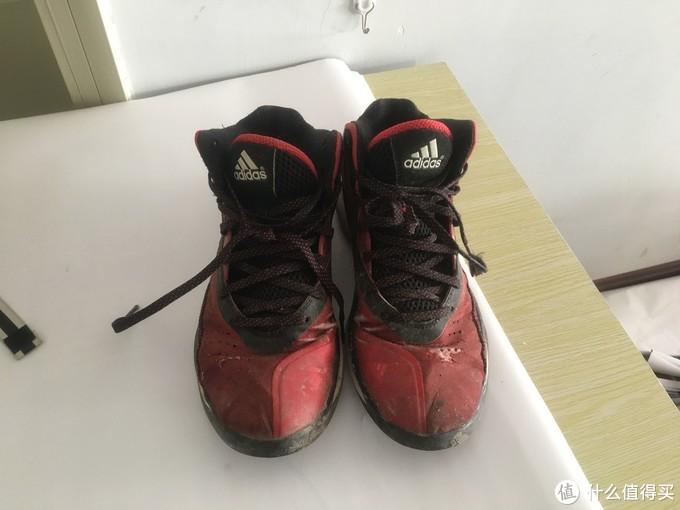 拥有的第一双阿迪达斯篮球鞋,如今已面目全非