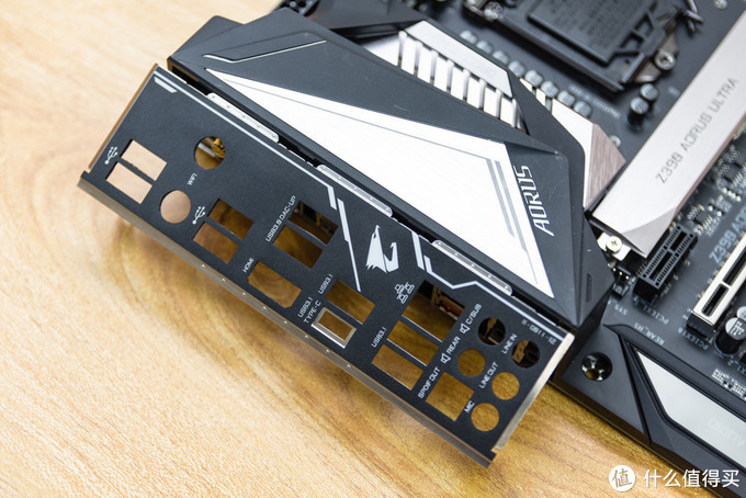 隔壁男朋友都馋哭了:i7-9700K+Z390+RTX2080装机作业晒单
