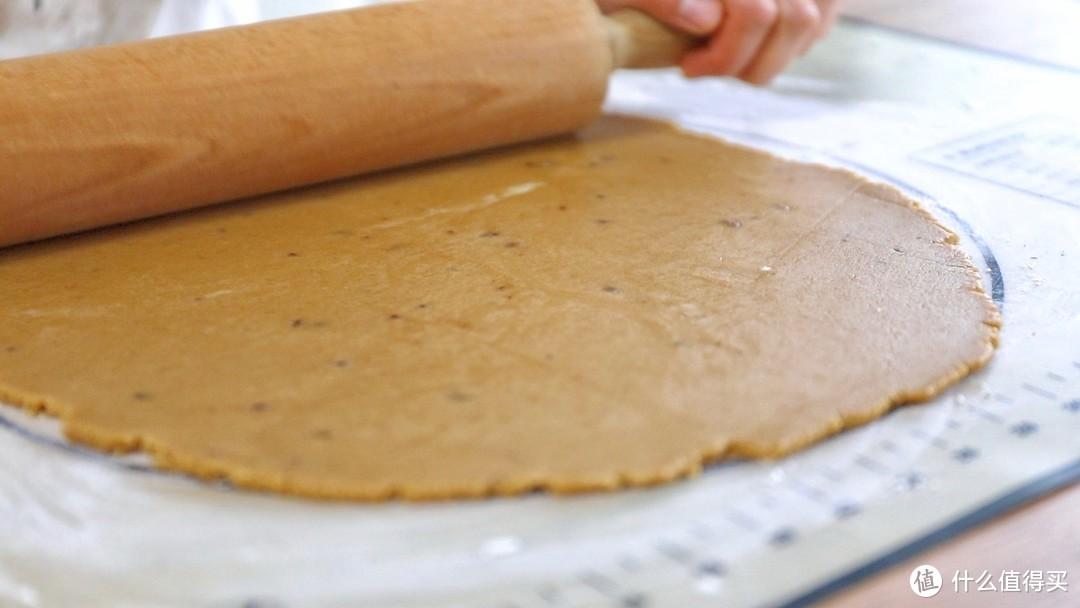 【视频】姜饼人芝士奶油蛋糕~妈妈再也不用担心我不会抹面啦