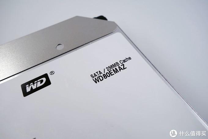 西部数据 WD Elements 8T 移动硬盘简单开箱测试和拆解