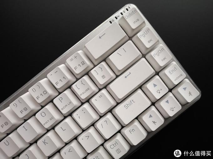 黑爵锌Zn-68蓝牙双模机械键盘体验+拆解