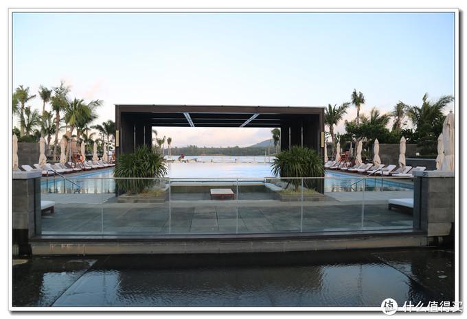 去海南的湖边玩之海南兴隆希尔顿逸林滨湖度假酒店