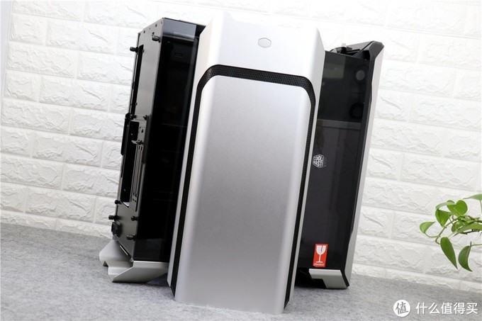酷冷至尊SL600M机箱全网首晒,静音,垂直风道,我已经喜欢上了它!