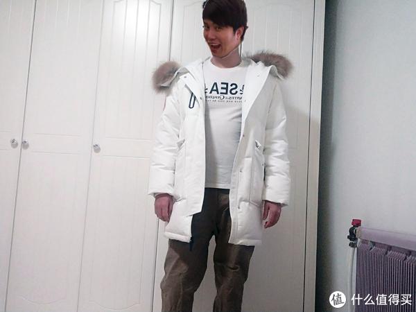 有了它,我今年决定就短袖+羽绒过冬了——网易严选地表强温羽绒服