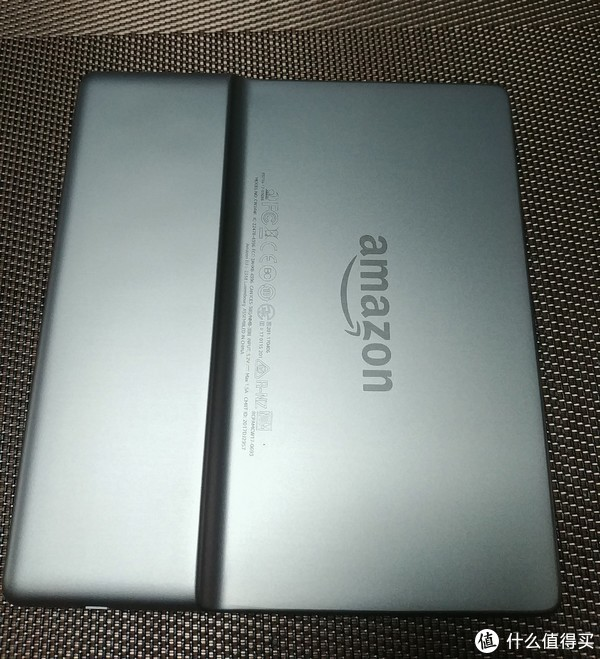 Kindle Oasis 2代开箱及与Kindle Paperwhite 2比较