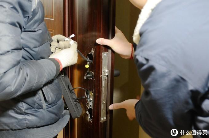 米家智能锁墙裂来袭!这才是千元级指纹锁该有的样子!(买锁不会买错系列)