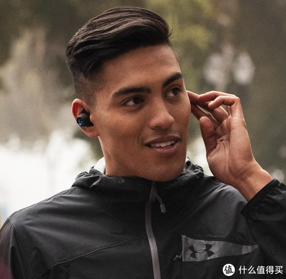 美系大厂重磅跨界联名款:JBL 联合 Under Armour 推出 UA Flash 真无线运动耳机