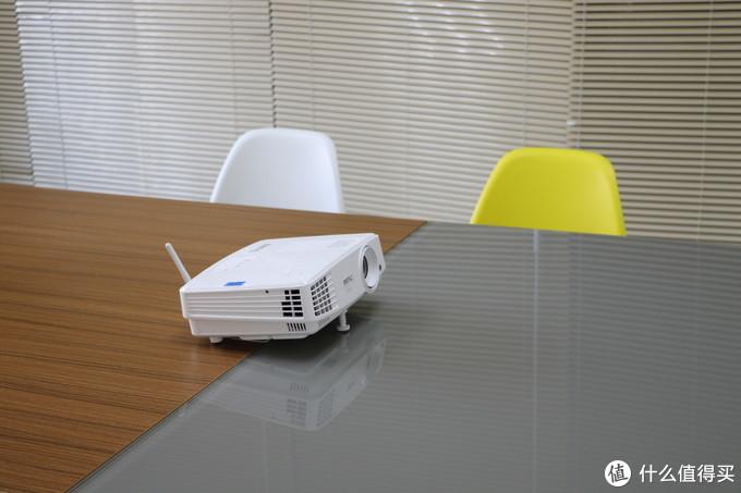 无线投屏 智能商务  长寿灯泡--明基 BenQ 智能商务E310 投影机 最权威众测报告