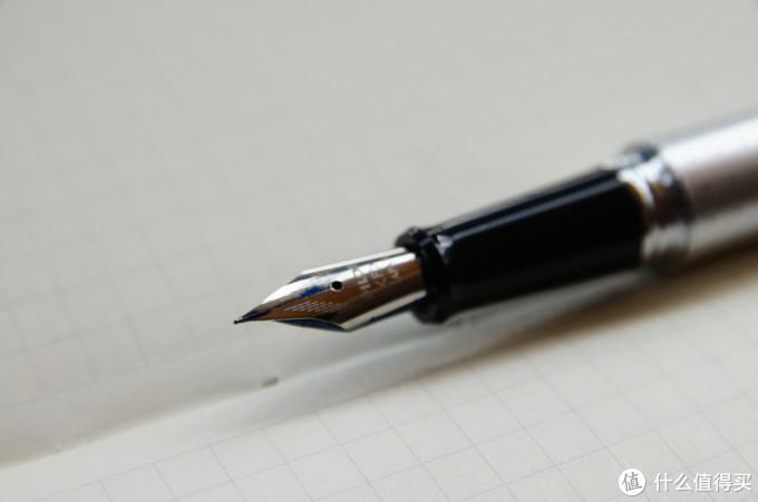 什么钢笔值得买?10只低端向钢笔横向对比体验