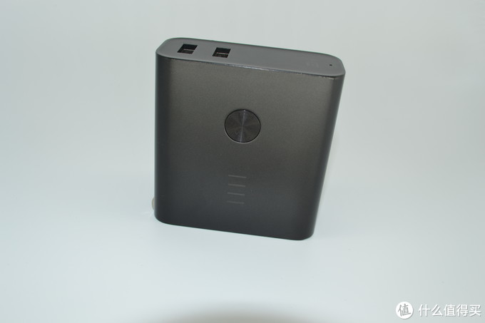 出差减负神器——紫米65W PD充电器充普通笔记本