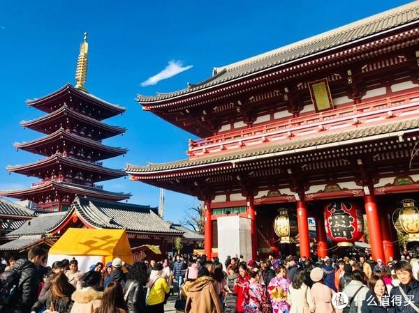 仅次于京都东寺的五重塔,为日本第二高塔。