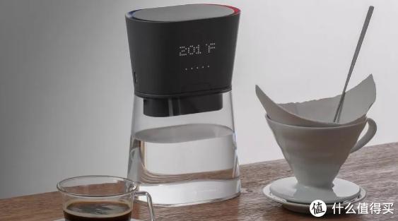 潮酷家电:这款可充电水壶,凉水倒出来瞬间成热水