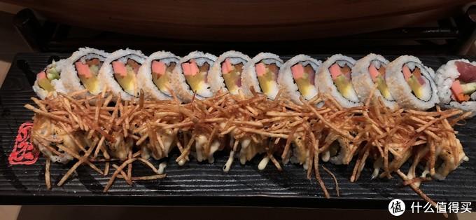 寿司品种不多,但是,看起来料超多