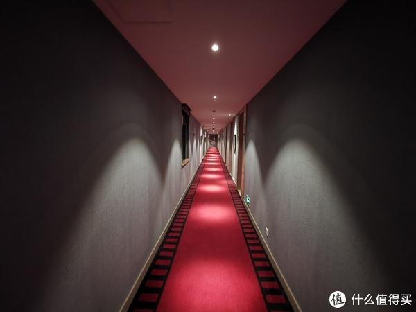 四楼电影主题过道