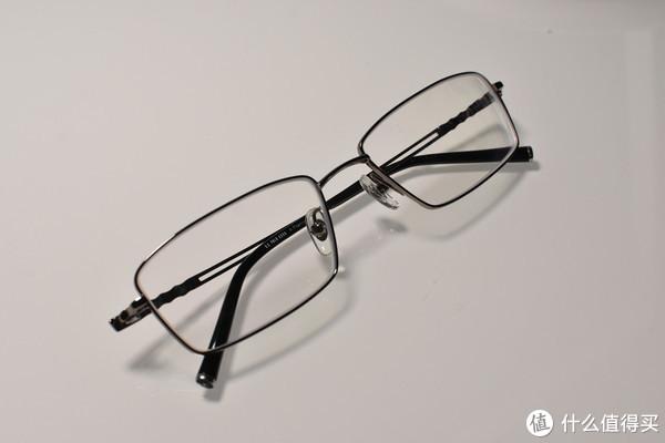 装在旅行箱里的配镜店 就在你身边  马夫一站式上门配镜体验