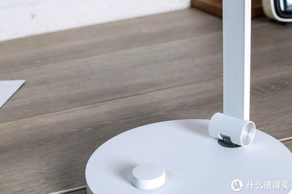 护眼无蓝光危害+A级照度+三级转轴,米家台灯Pro新品体验!