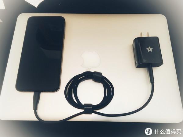 星卡 type-c 至 lighting快充线套装开箱及iPhone XS Max快充体验