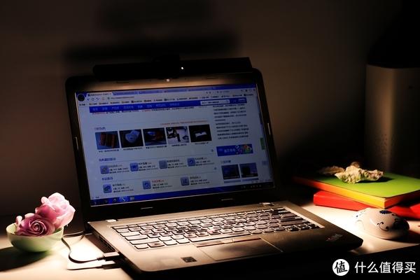 保护眼睛,从一盏灯开始——明基ScreenBar Lite笔电智能挂灯