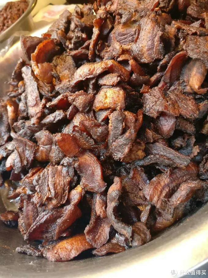 丁家脆哨,香酥而有嚼头的猪肉