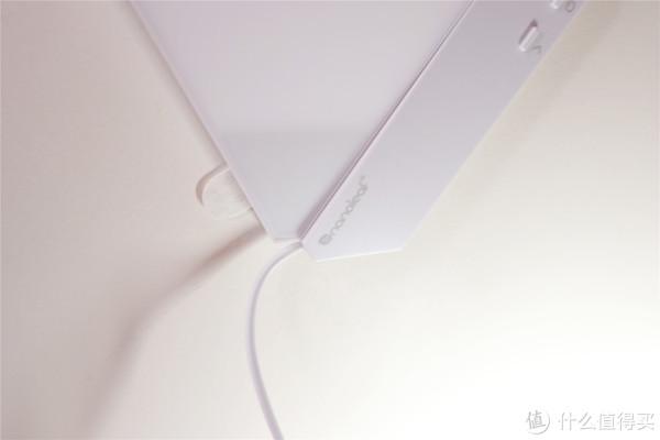 给游戏室墙面加个灯光 Nanoleaf 奇光板 开箱
