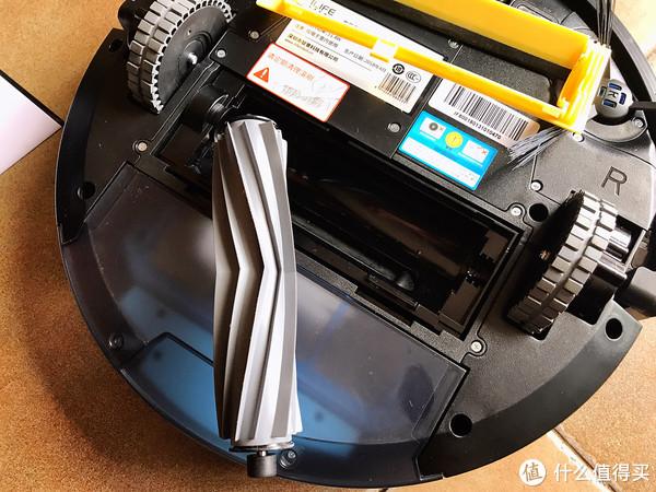 使用一年之后智意X800与科沃斯DD35 扫地机器人感受