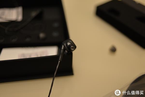 耐听的动圈—威索尼克 GR09 开箱评测