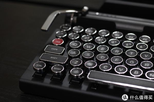 颜值即正义,内在也美丽—x Qwerkywriter 2代复古键盘简评