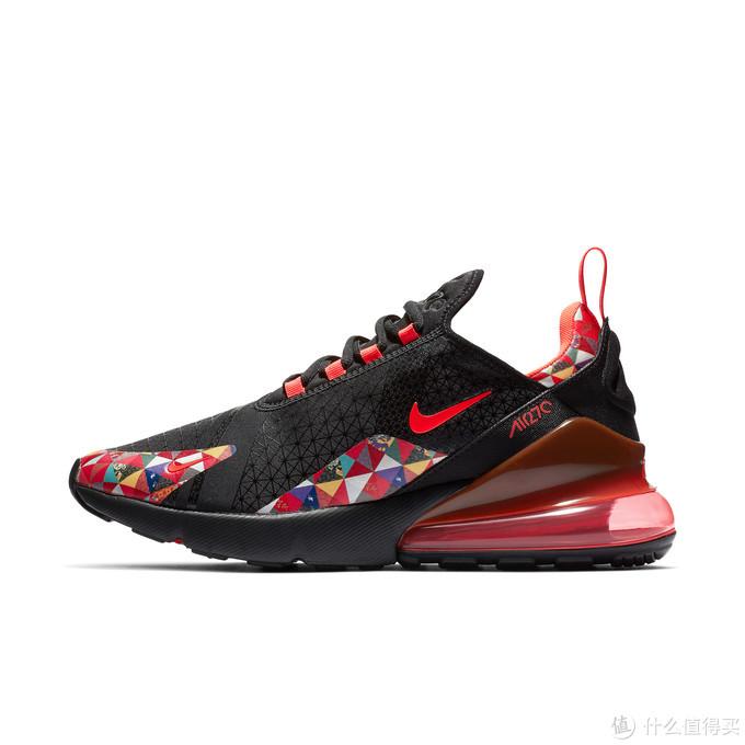 """齐上阵 亮新招:Nike、Jordan 品牌推出 """"百家衣"""" 新年套装"""