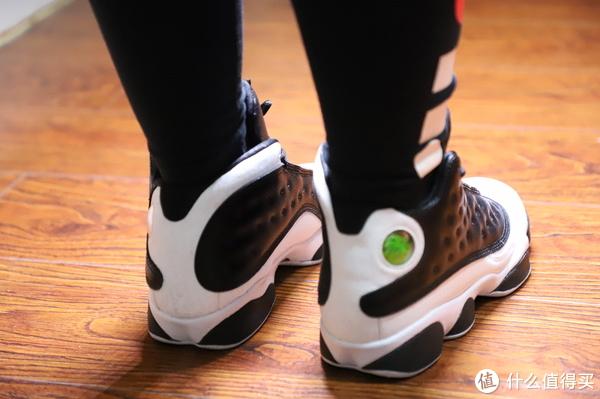 致NIKE,致经典,历久弥新的NIKE女鞋×3,诠释千元左右的潮与经典。