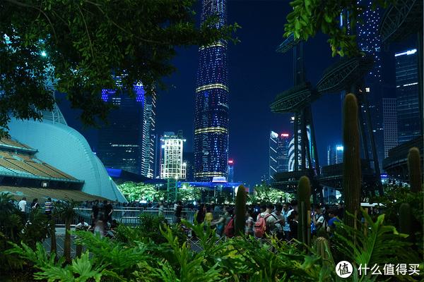 黑卡6的手持夜景模式拍摄